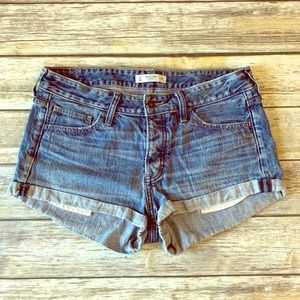 Abercrombie & Fitch women's Jean shorts size 10